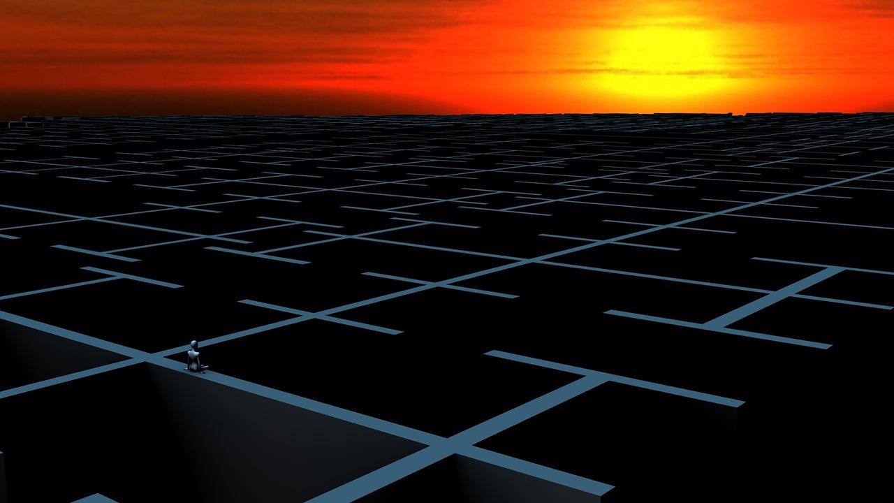 labyrinth-772502_1280.jpg