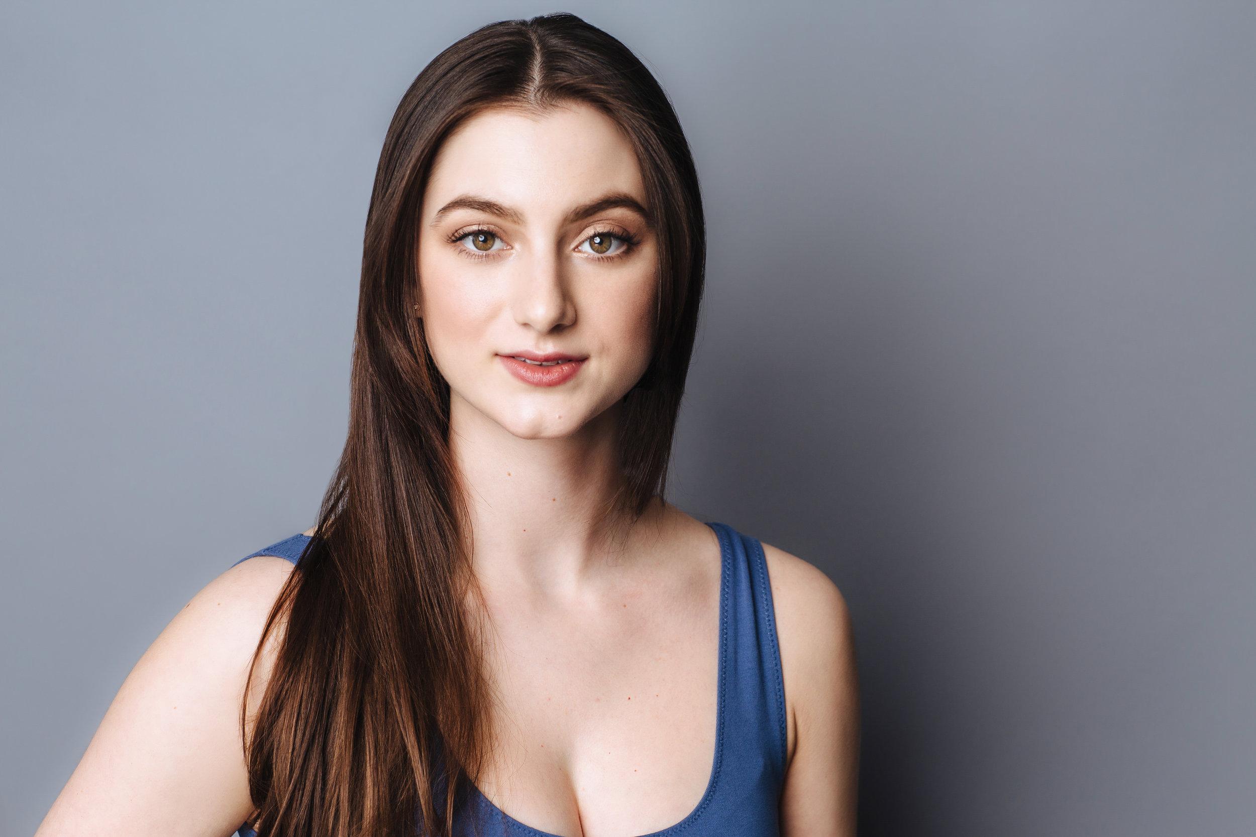 Anna Novak - Dancer Singer Actor
