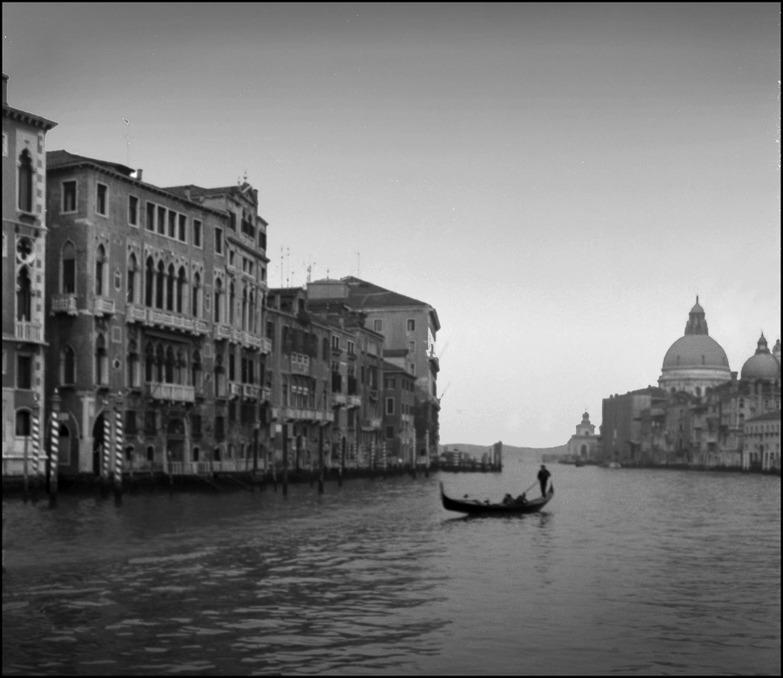 venice_gondola2-1-222.jpg