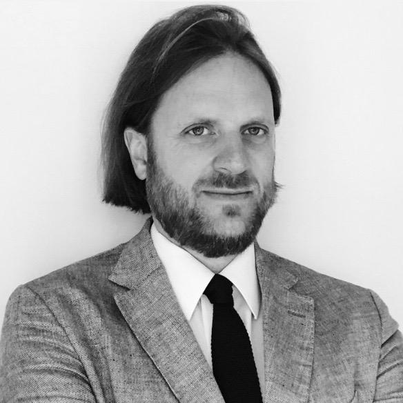 English Legal System and Legal Reasoning - Duncan FAIRGRIEVEBarrister, 1 Crown Office Row, Avocat au barreau de ParisProfesseur associé à l'Université Paris-Dauphine Senior Research Fellow, British Institute of International and Comparative Law.