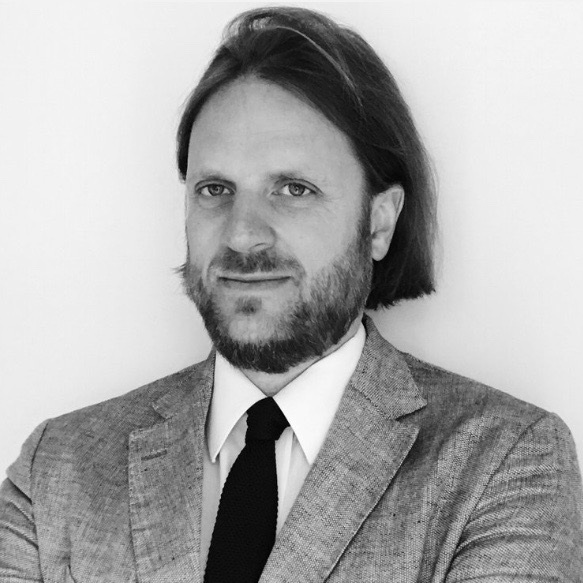 Anglo-American Contracts - Duncan FAIRGRIEVEBarrister, 1 Crown Office Row, Avocat au barreau de ParisProfesseur associé à l'Université Paris-Dauphine Senior Research Fellow, British Institute of International and Comparative Law.
