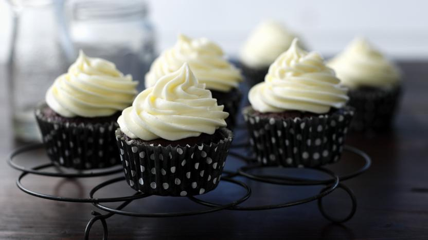 stout_cupcakes_98668_16x9.jpg