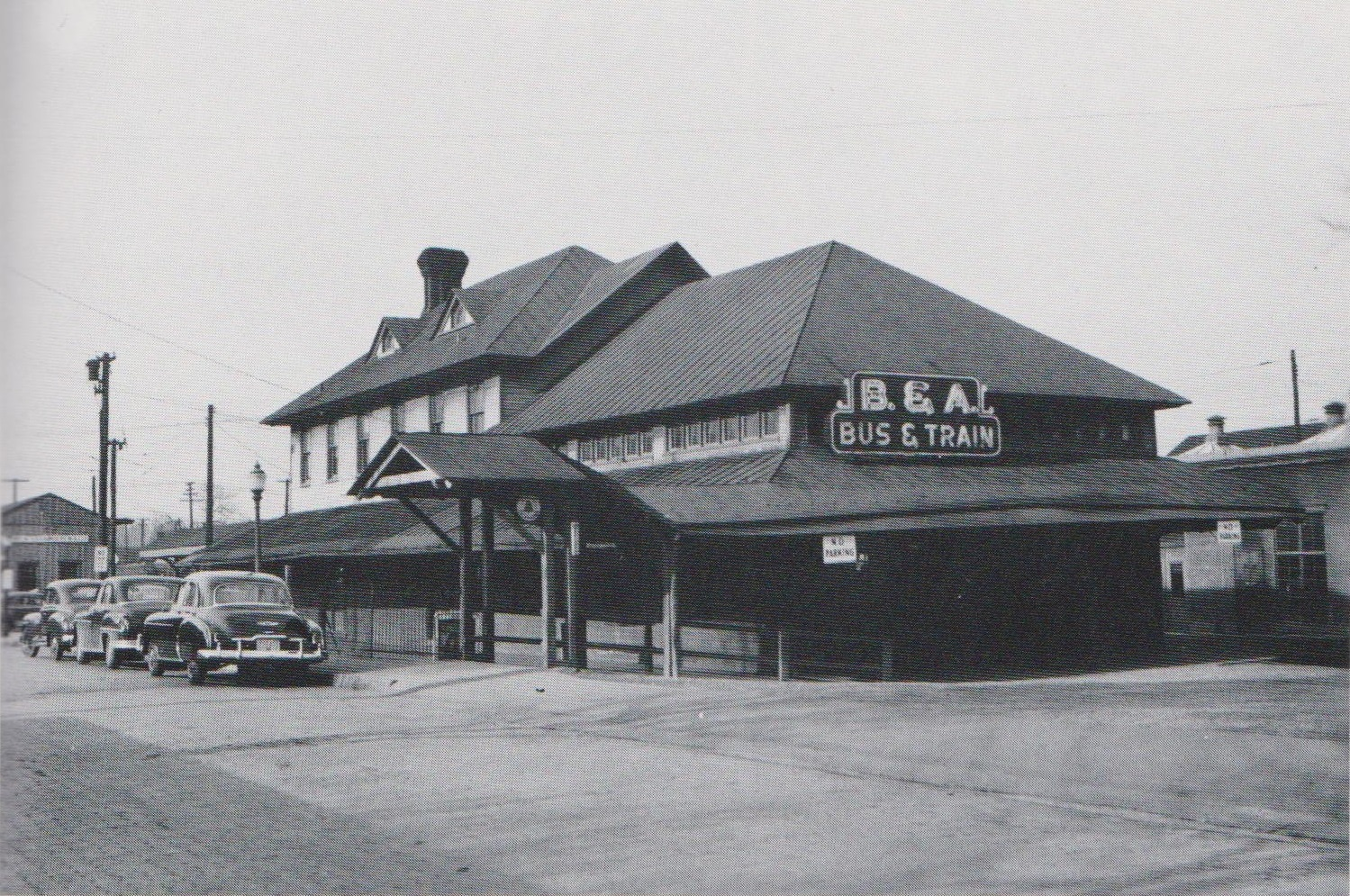 """Bladen Street Station looking Northwest. Annapolis, Maryland Date: January 22, 1950. Source: Leonard Rice Photograph, King Collection from """"Every Hour On The Hour"""" by John E. Merriken."""