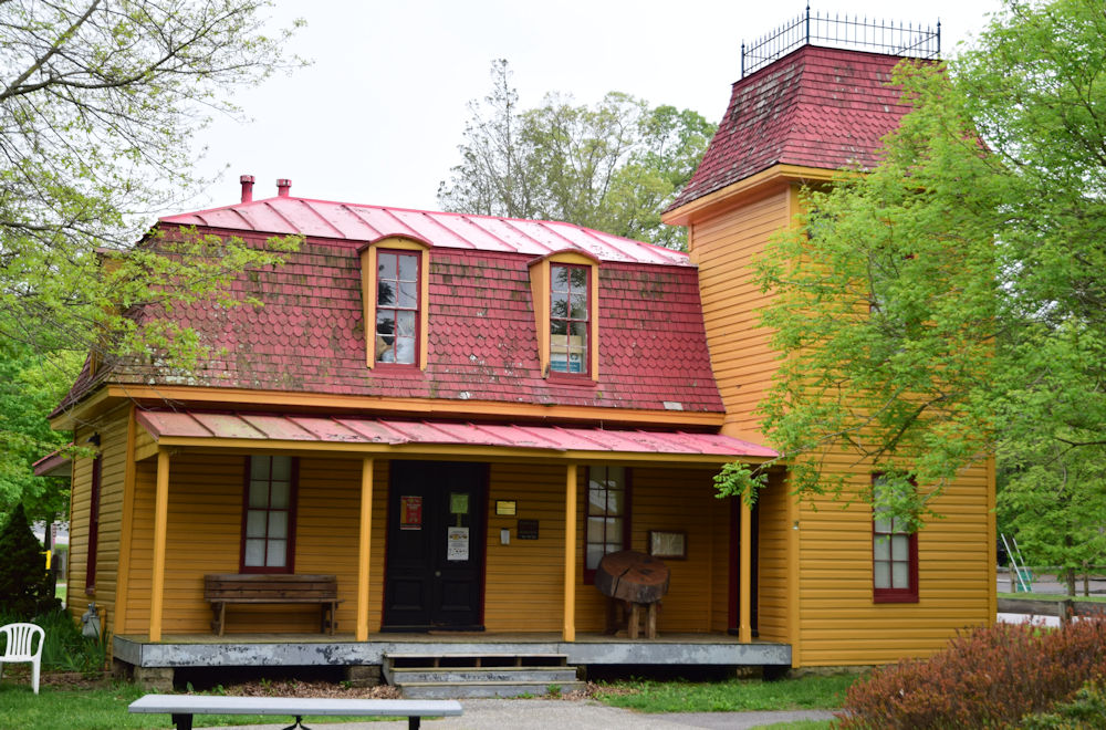 Earleigh Heights Station on the Baltimore & Annapolis Railroad. Restored in 1990 and now the B&A Railroad Museum. Severna Park, Maryland Date: Circa 2010. Source: Kilduffs.