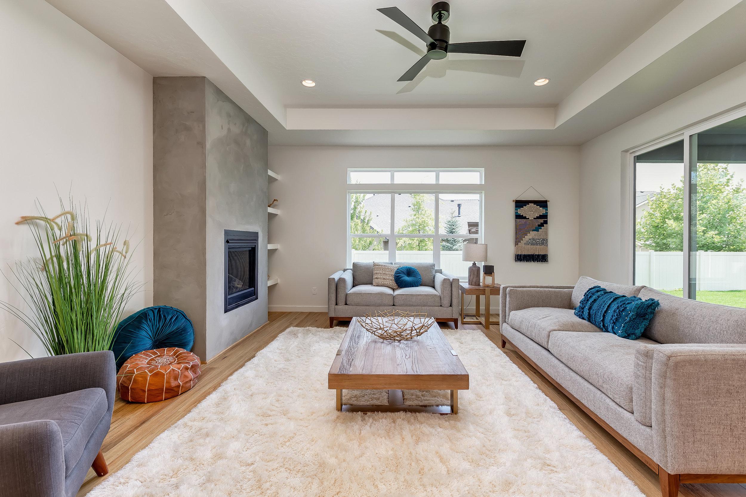 021_Living Room .jpg