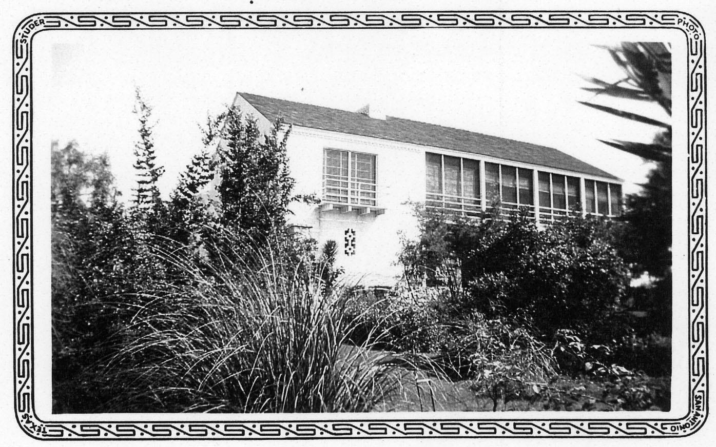 1935house.jpg