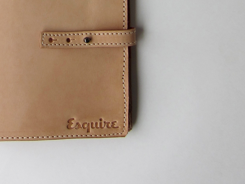 34life-corporate-events-workshops-gifts-products-designs-esquire-jetset-tie-travel-case-magazine-product-feature-02.jpg