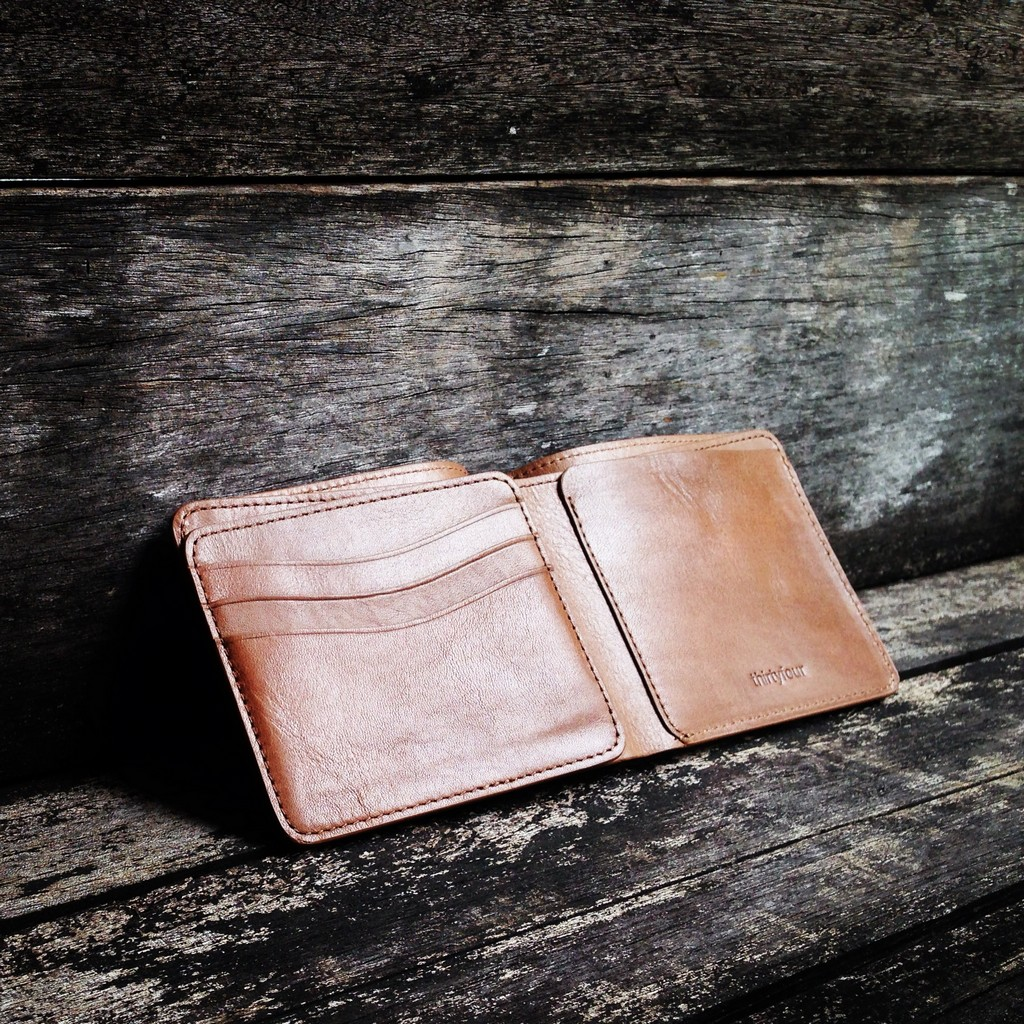 34life-corporate-events-workshops-gifts-products-designs-leather-wallet-karl-tan-01.jpg