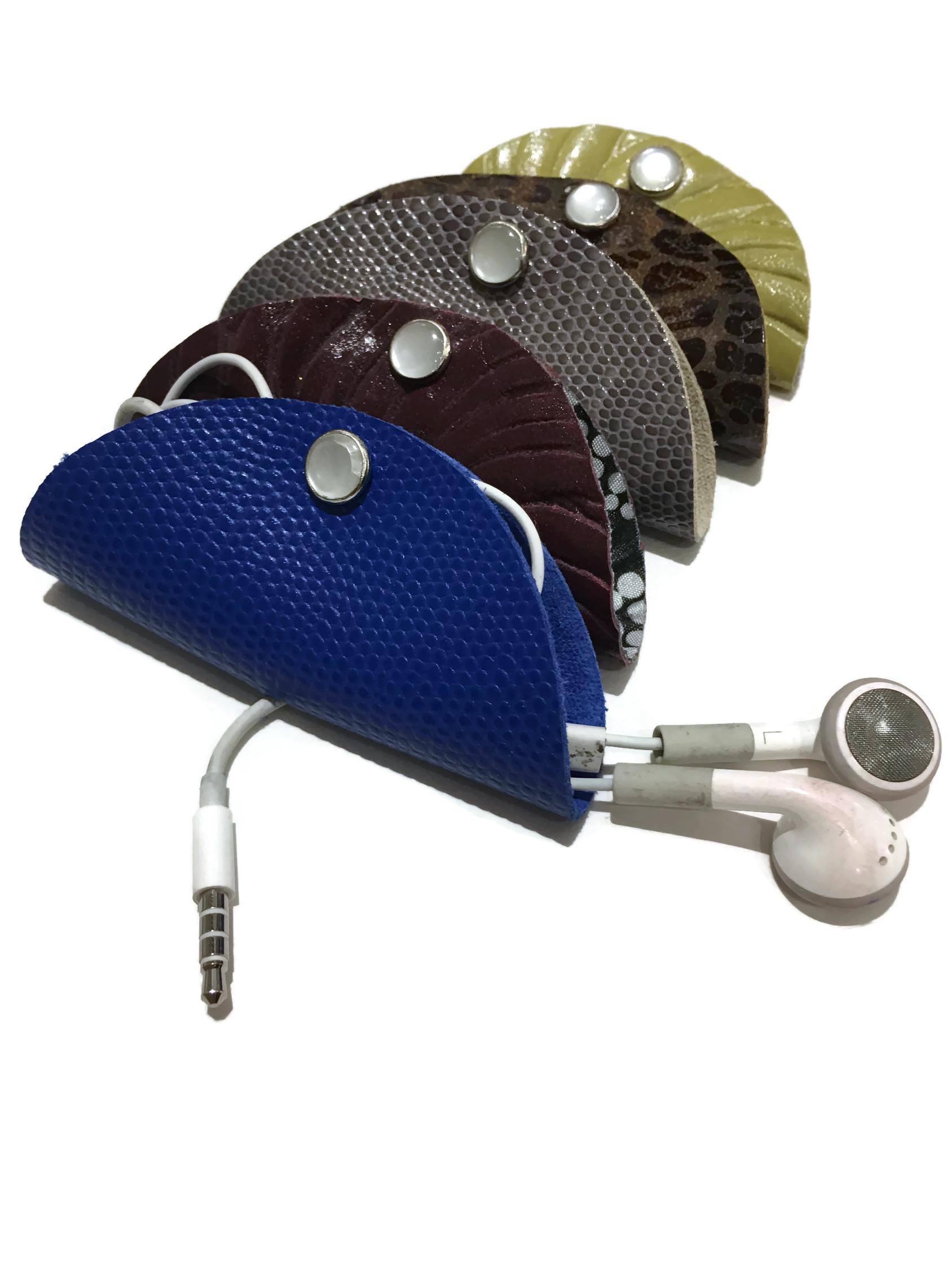 leather-emboss-headphone-taco-White _BG.jpg