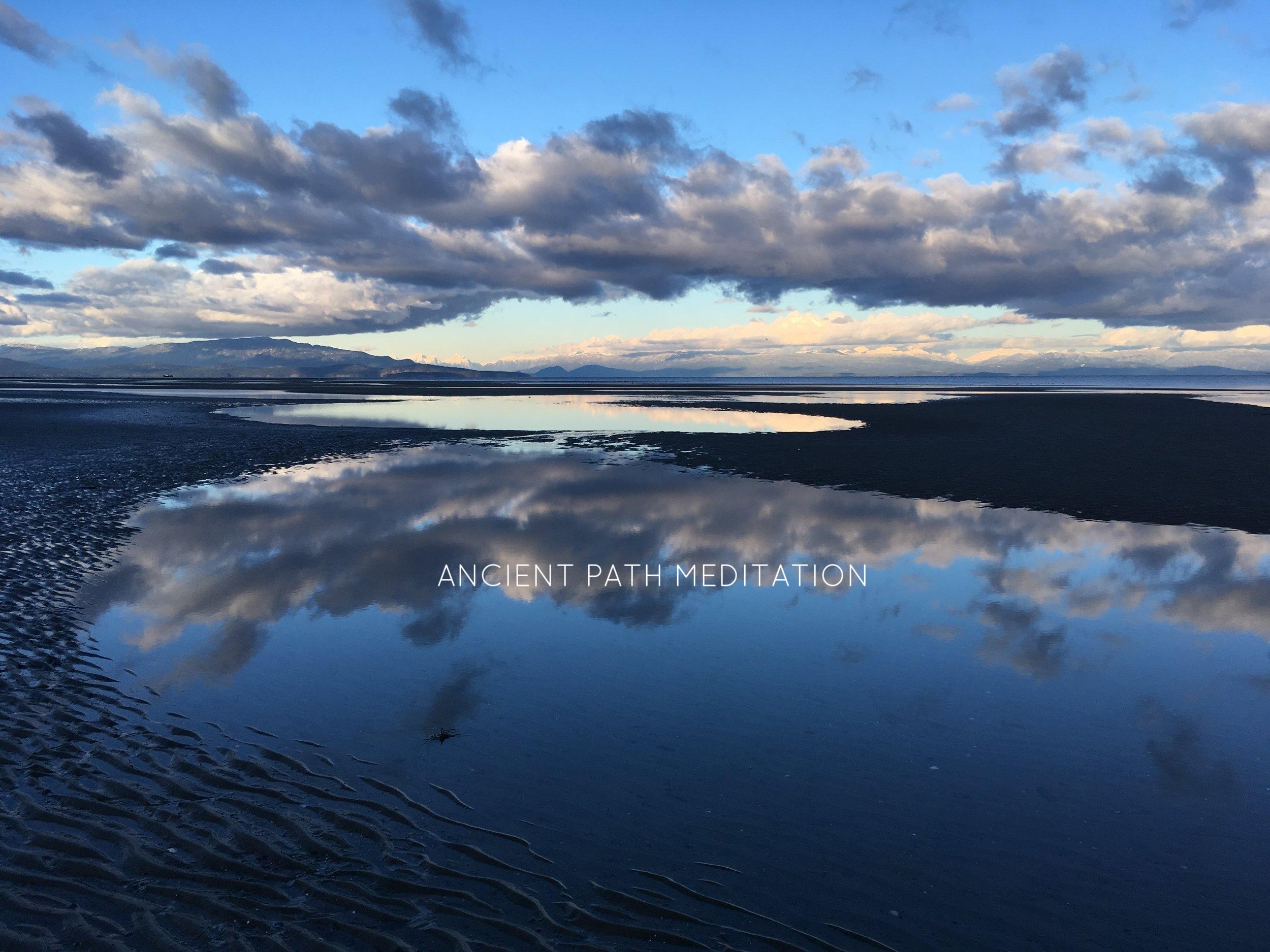 RATHTReVOR BEACH - LISA BURNESS PHOTOGRAPHY