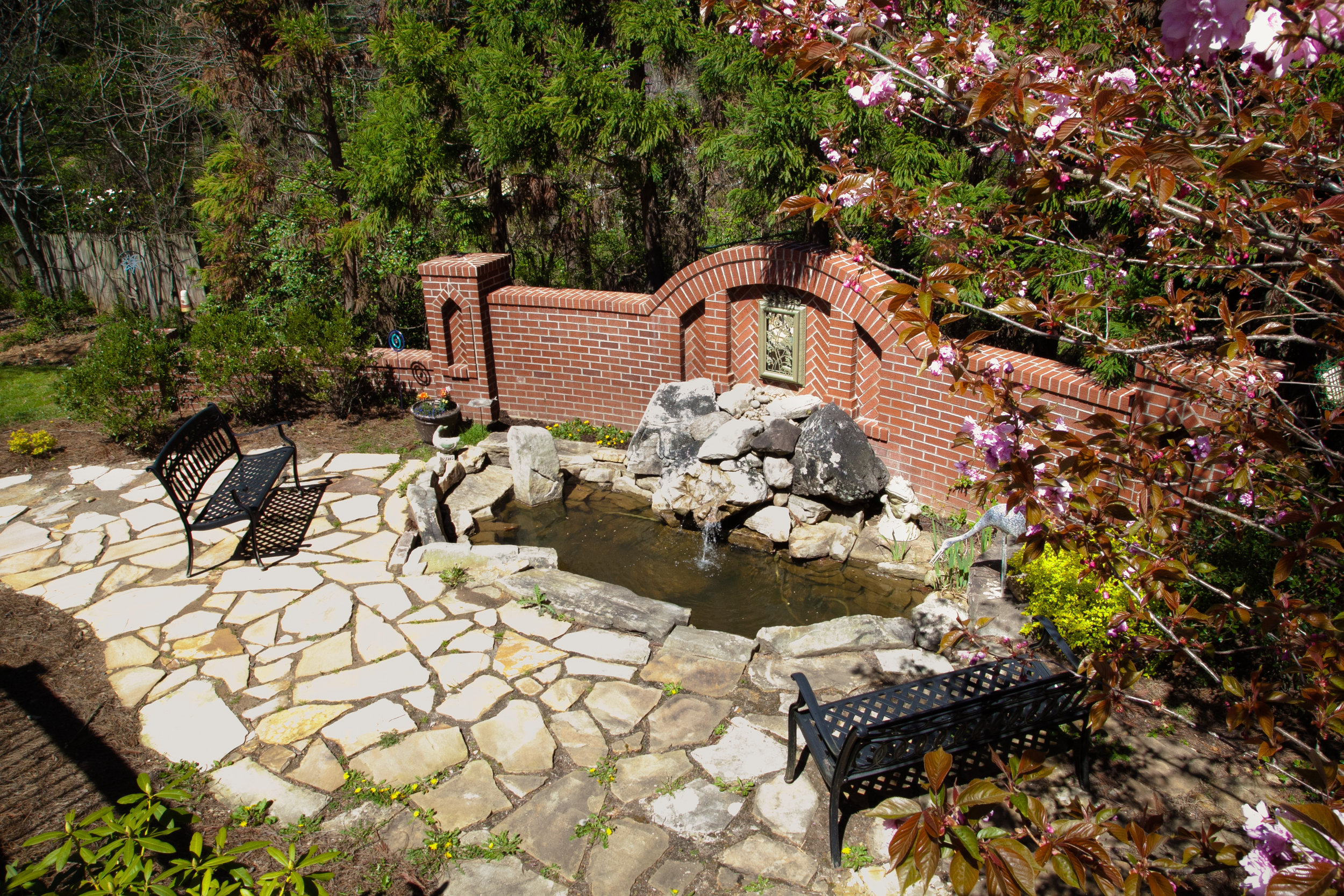 Water Feature Patio.jpg