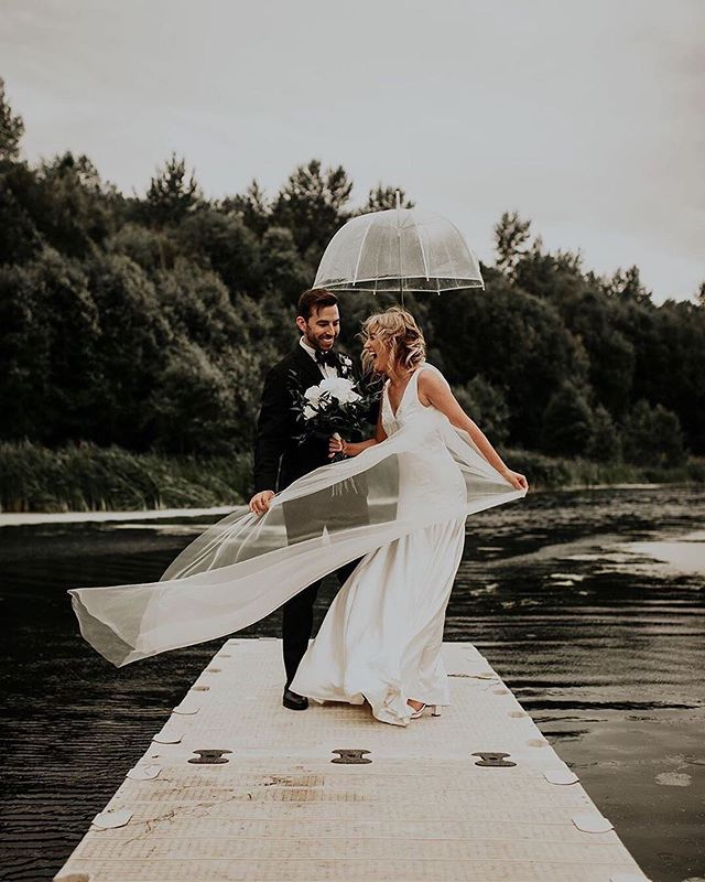 Rain or shine, we love the smiles. 💕  Only 5 days away to our last Local Love Wedding Experience in Winnipeg for 2019. 📷 | @karlyfordphoto
