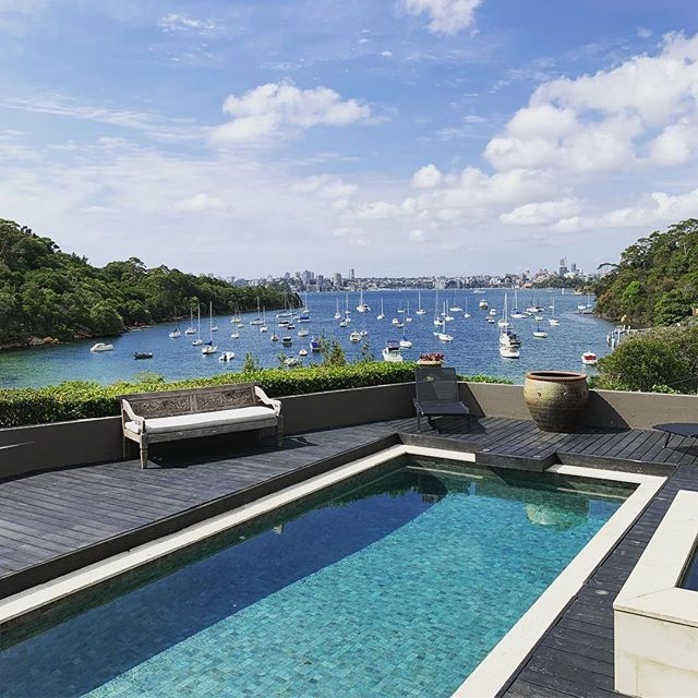 Who wouldn't want Christmas here 🎄| Our #newlisting Mosman Apartment offers private access to this pool and views. Available from 14th December ✨ #luxuryholidayhome
