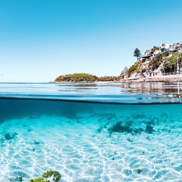 Happy Valentines Day 💕 could you think of anywhere nicer to spend it? Shelly Beach heaven, not far from our Clontarf House. Image via @csurfnet