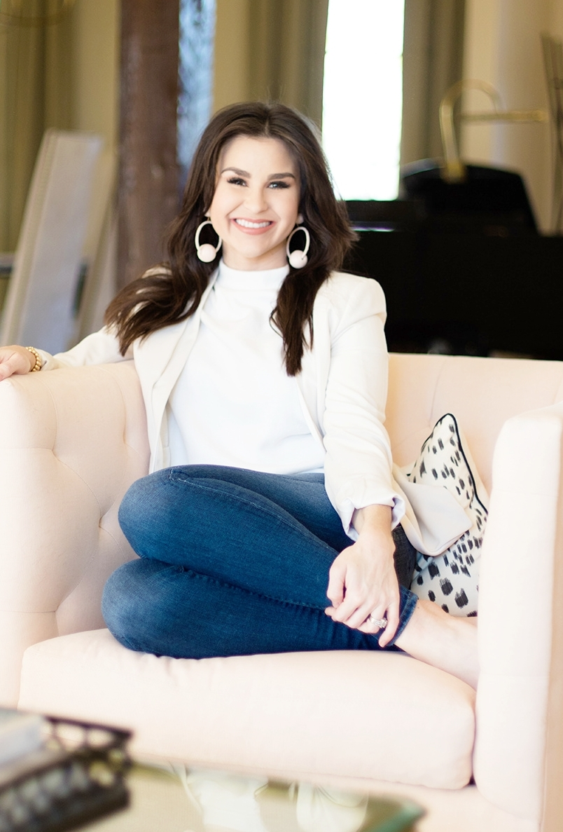 KRISSY BUNN - One year ago, Krissy Bunn  made the decision to pursue her passion in interior design as a free-lance designer operating from her home. She has worked in both high-end residentical  and commercial design for over nine years in the Tuscaloosa area. Krissy is a creative who believes in the power of beautiful interiors to transform daily life.  With a BA in Interior Design from The University of Alabama and a well trained eye for quality, craftsmanship, furnishings and textiles, she is most recognized for her crisp, classic style and designs that remain fresh year after year.Krissy is best known for creating polished spaces that are functional, friendly and beautiful. Her aesthetic is classic with a twist, timeless with a hint of edge. She prides herself on her attention to detail, obsession with quality and love for exceeding her client's expectations.