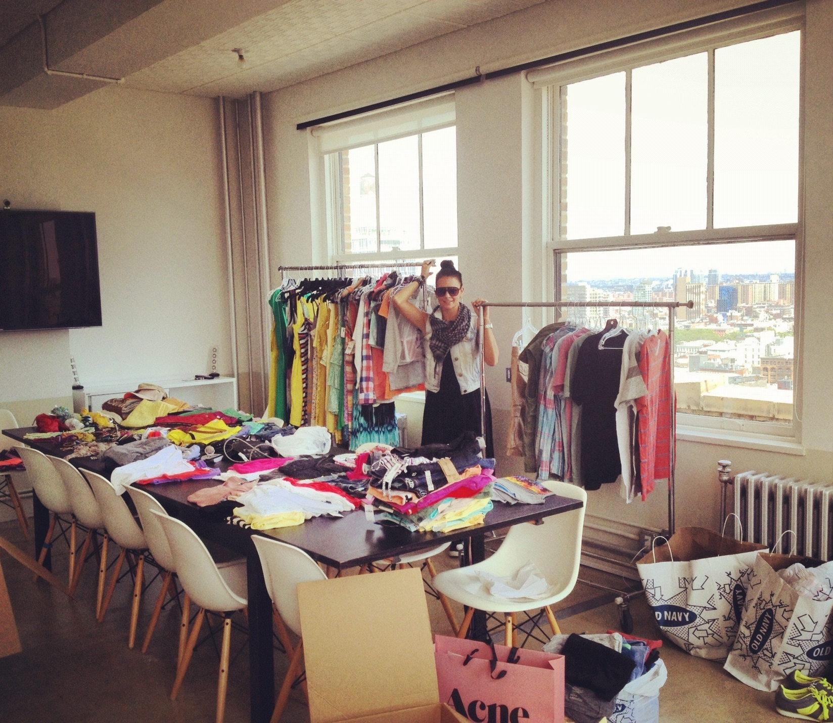 MFH.Styles makes an impact on peoples lives through a streamline approach of wardrobe editing, organization & styling. -