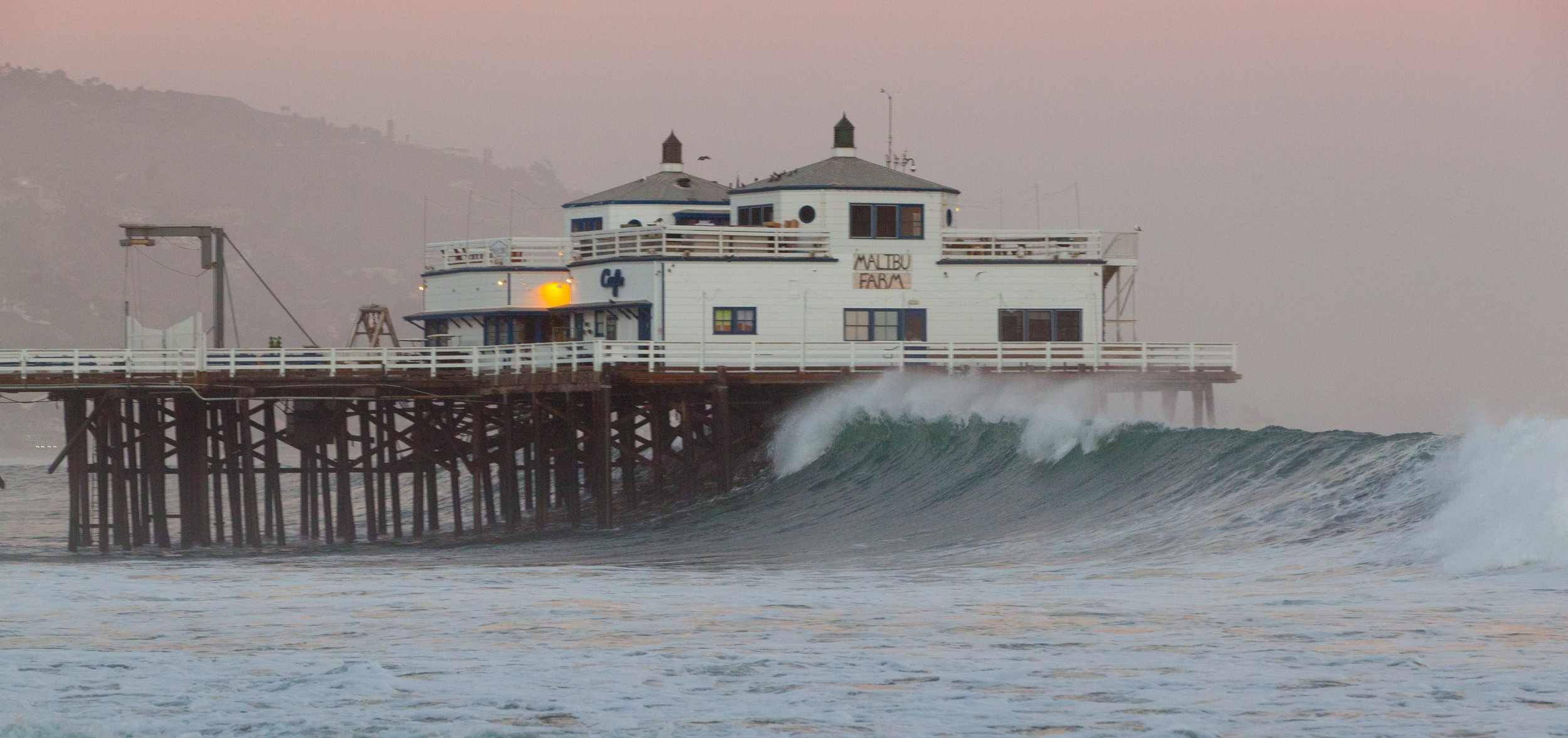 Malibu waves 1 (1 of 1) copy.jpg
