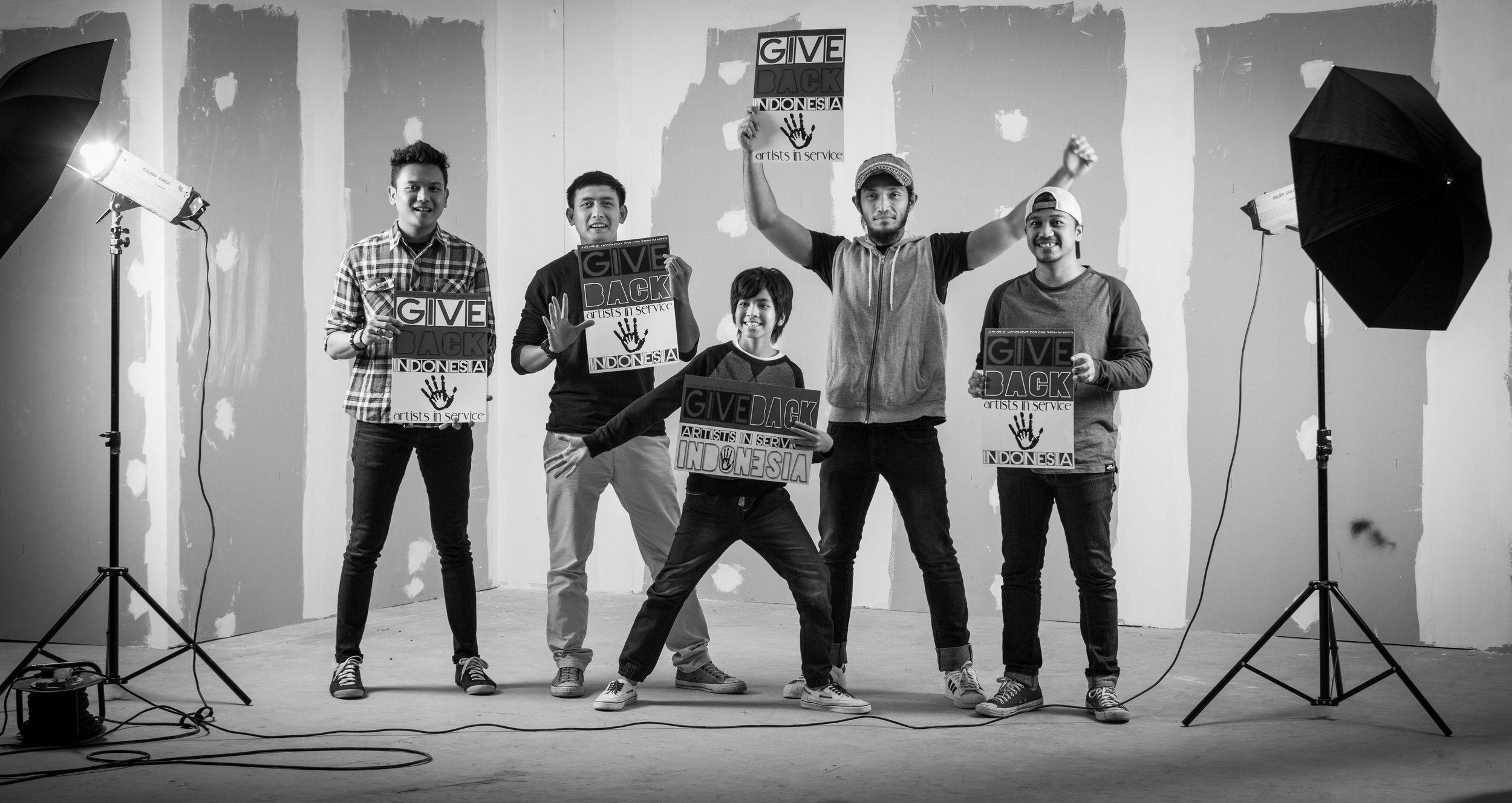 Kafin & band (1 of 1).jpg