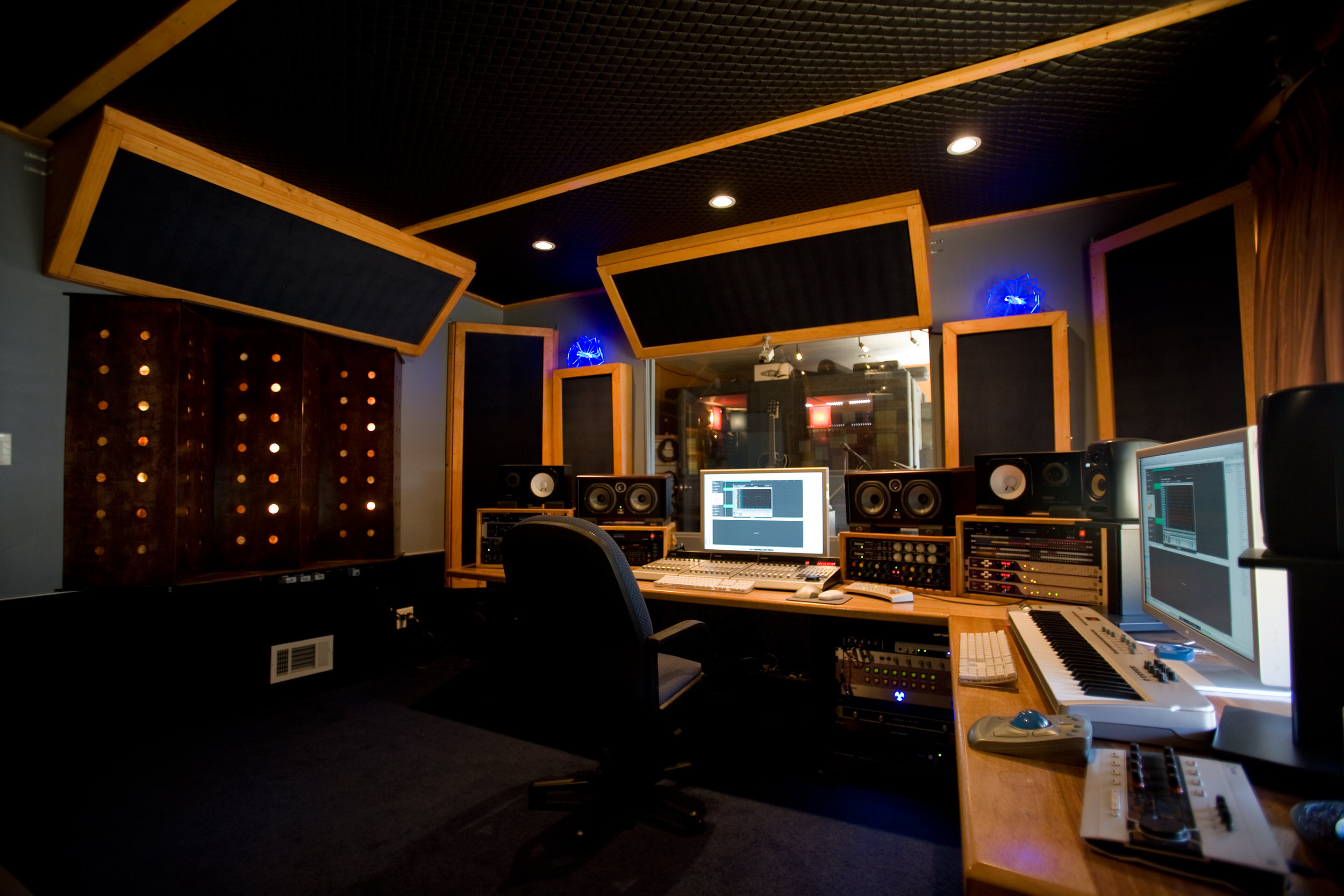 Beta Studios Hollywood - SLH designed and built Beta Records recording facility in Hollywood, California. Upon the projects completion he produced the Temptations album