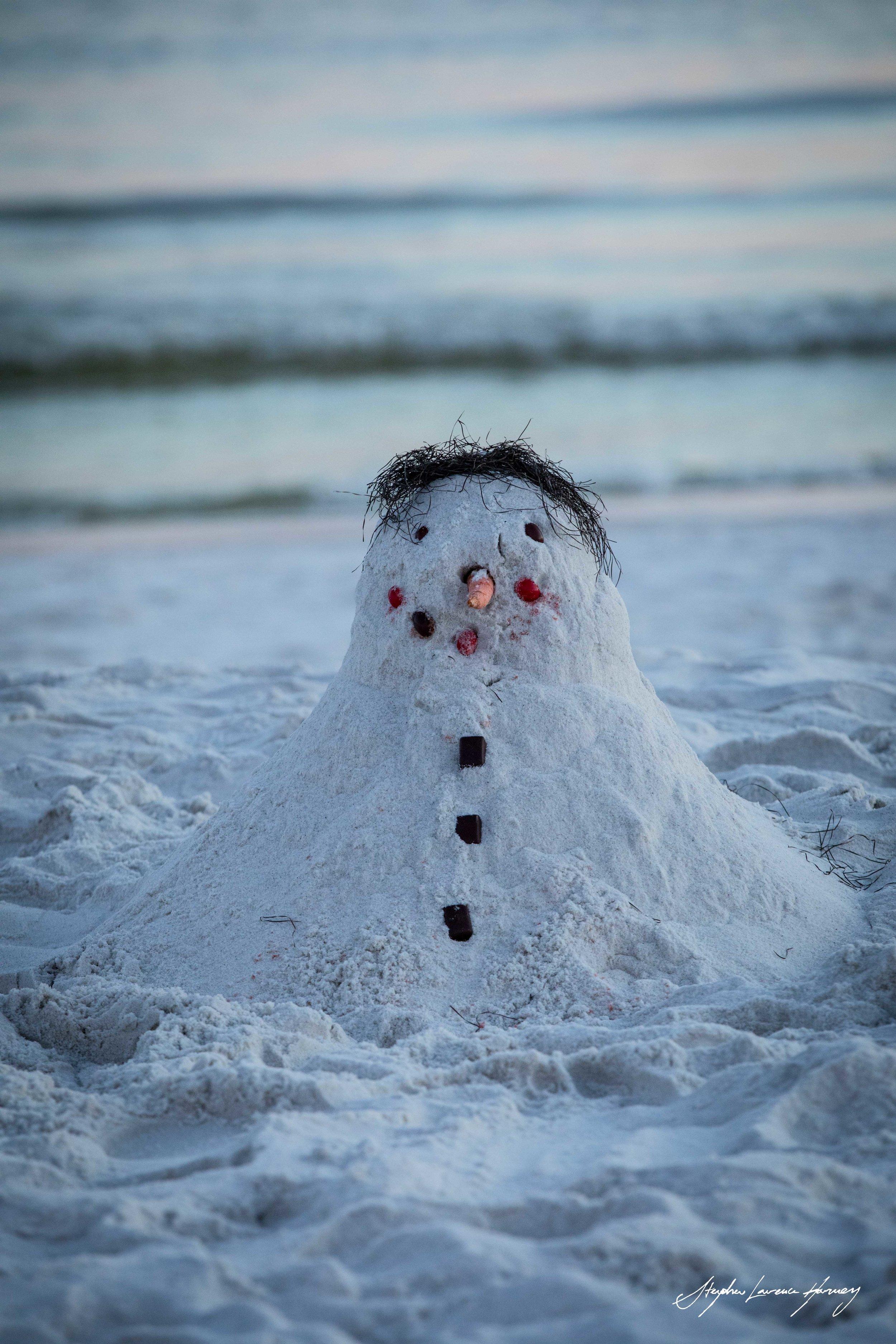 BEACH SNOWMAN (1 of 1).jpg