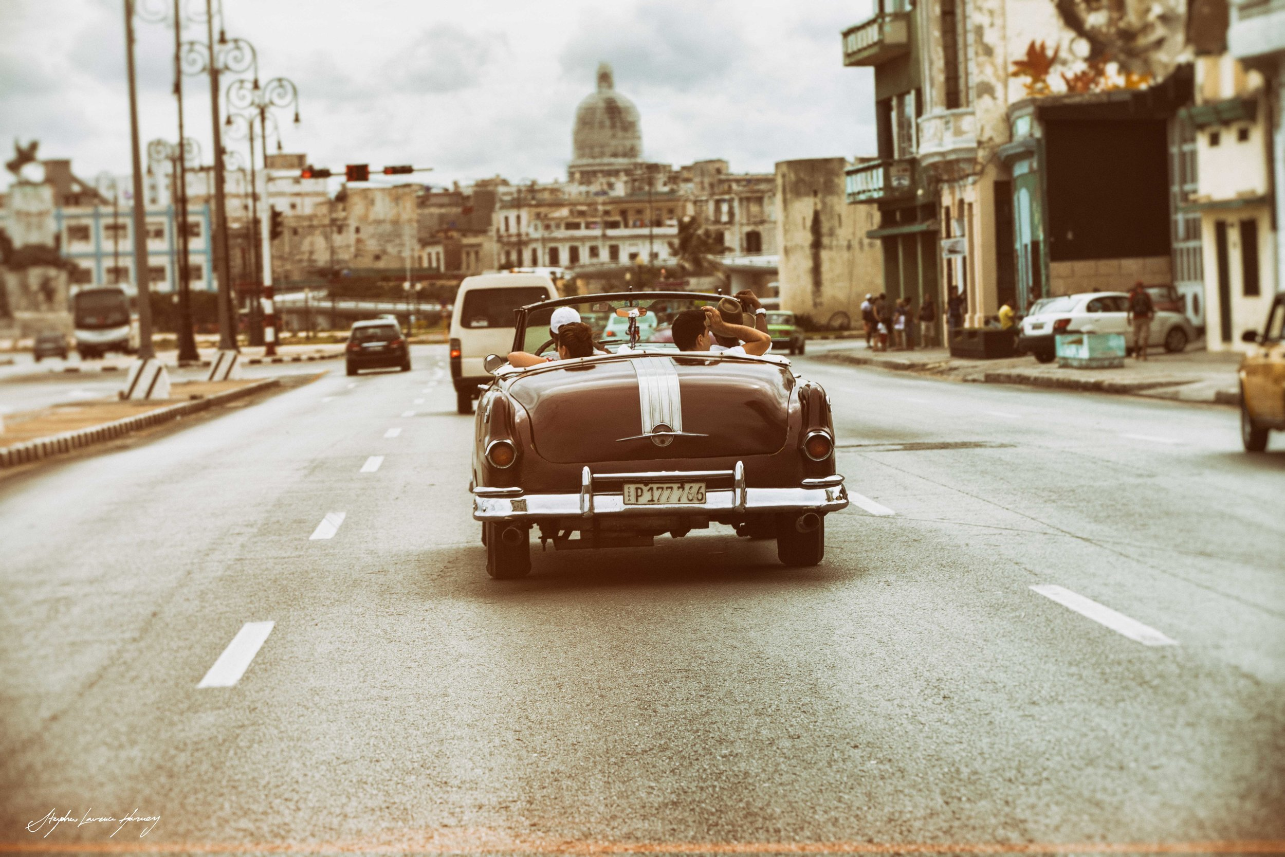 CUBAN car rear (1 of 1).jpg