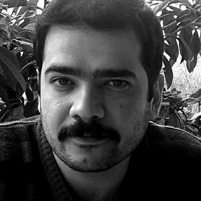 Reza Alavi  Ceramic Artist and Jewellery Designer Master of Creative Design and Production in Handicrafts Bachelor of Handicrafts