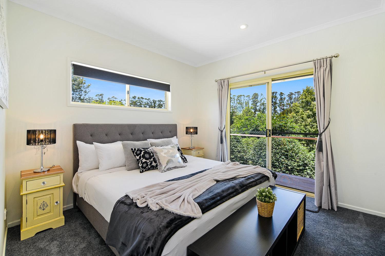 Spa+room+King+bed.jpg