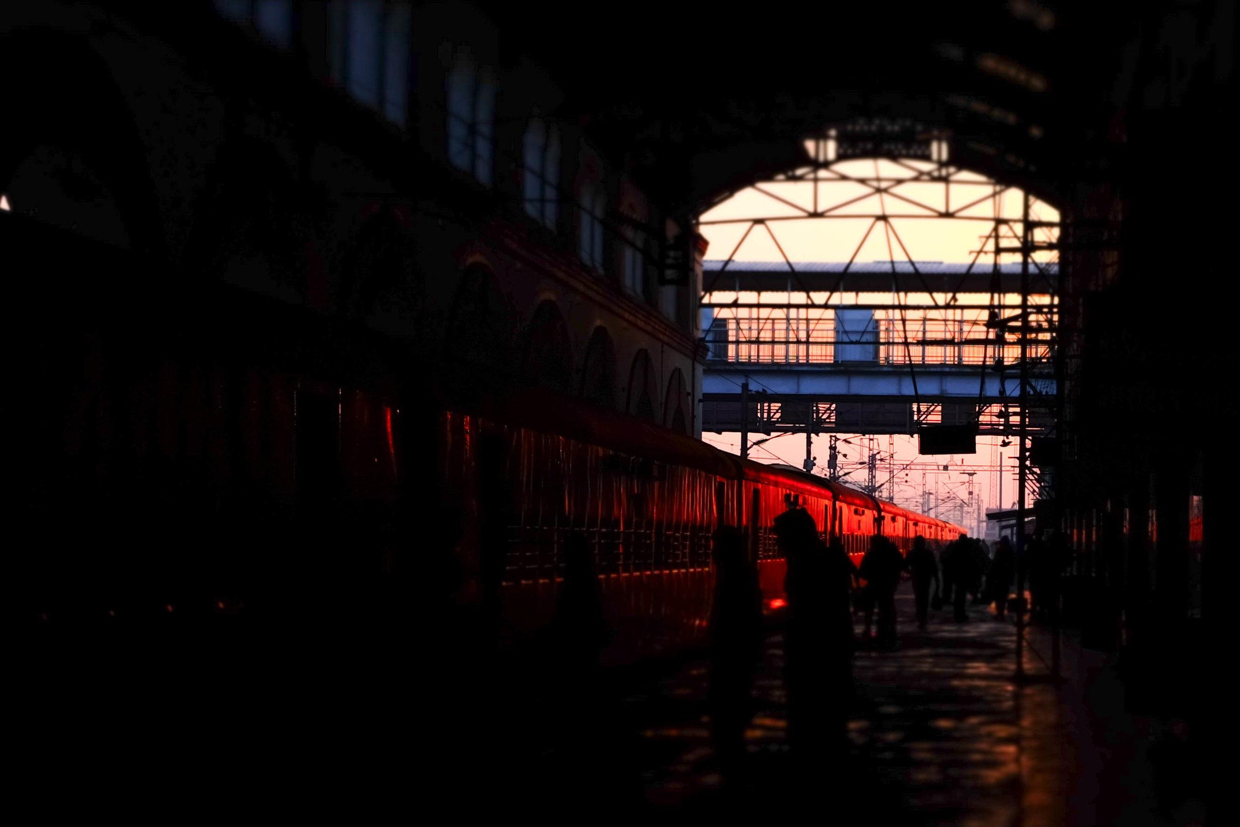 Tundla Train Station, 7:30 am