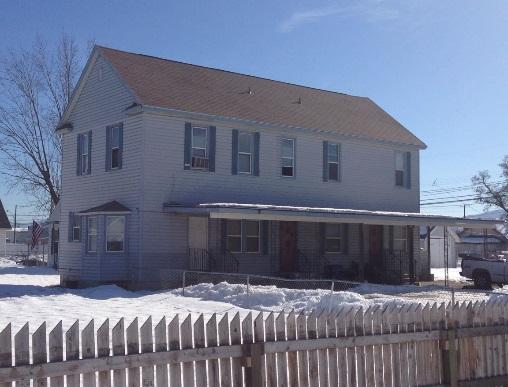 7 Unit Apartment in East Spokane   Sale: $310,000