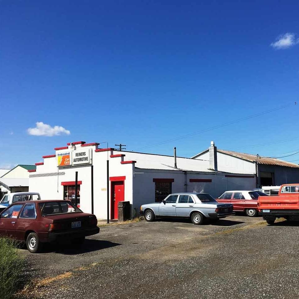 Industrial Building in North Spokane  Sale: $130,000