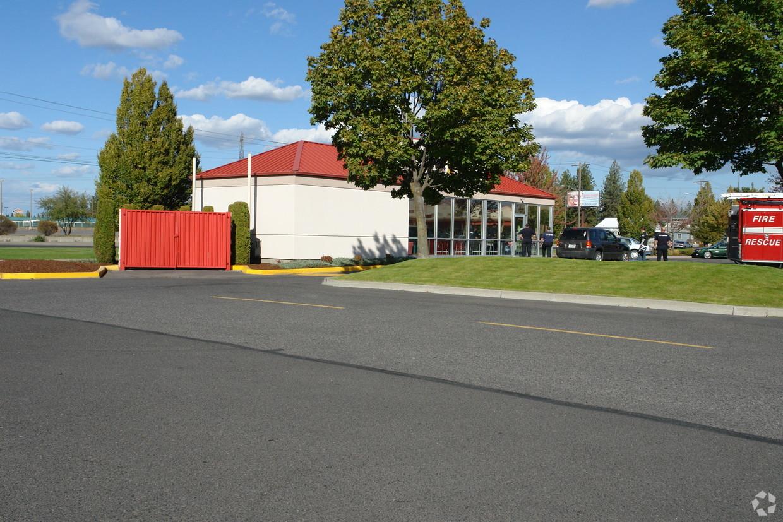1,250 SF Restaurant Lease in North Spokane
