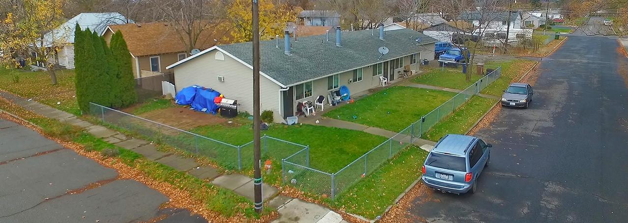 3 Unit Apartment in North Spokane   Sale: $225,000