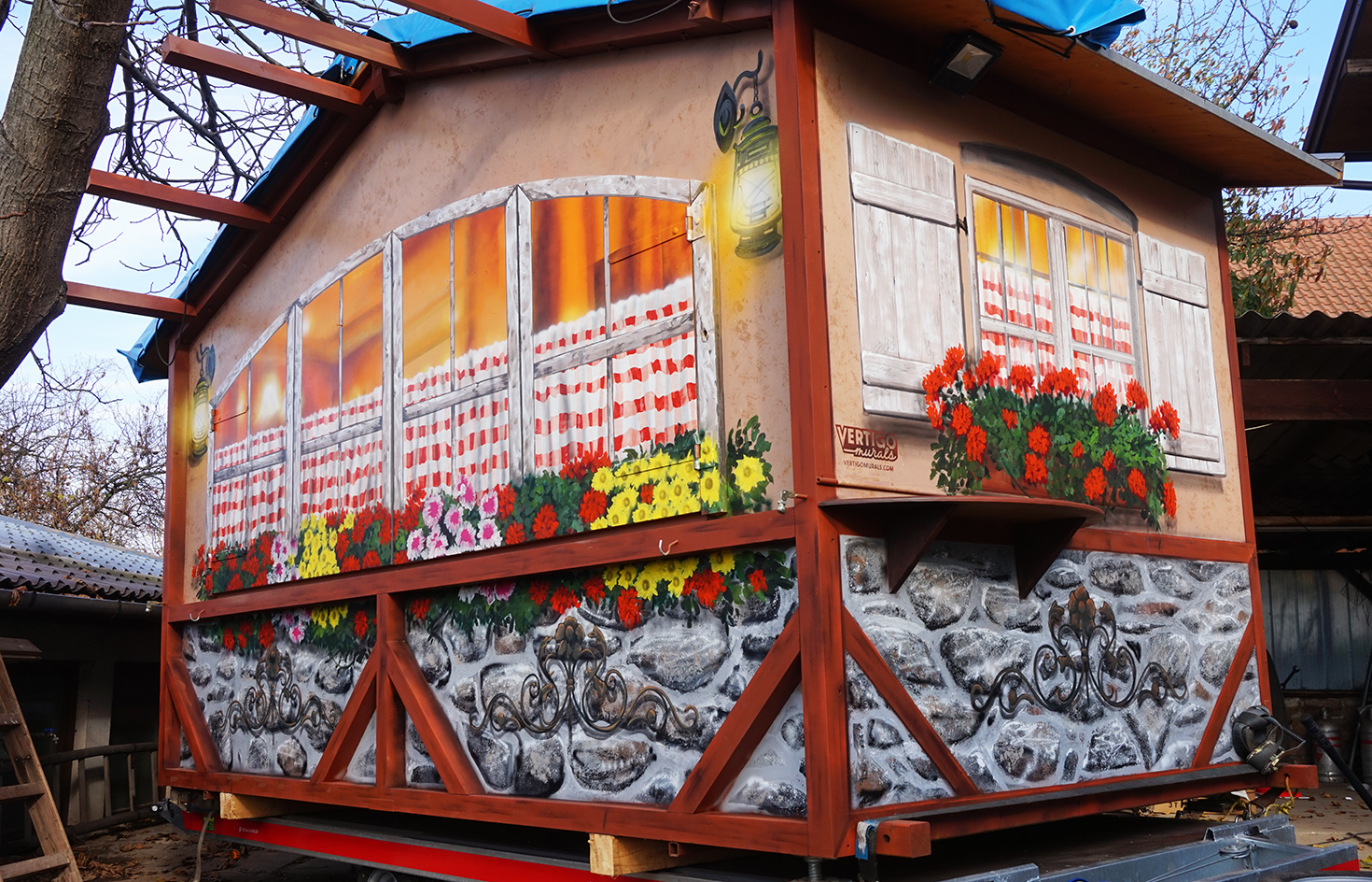 dekorációs falfestés vertigo murals  tűzfalfestés dekorfestés falfestmények.jpg