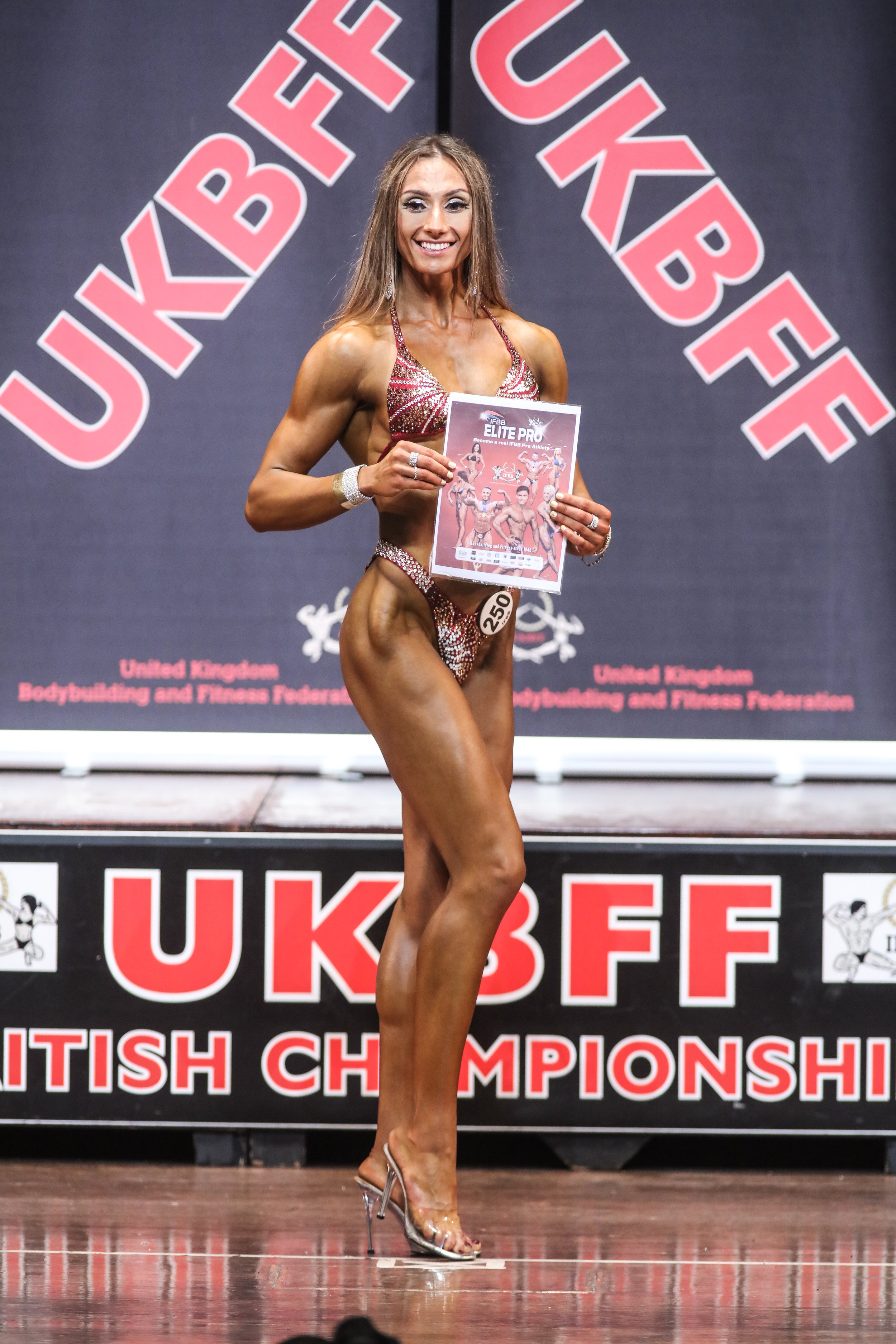 At 21 years old, British bodyfitness competitor Connie Slyziut is one of the bright new stars of the IFBB Elite Pro division.