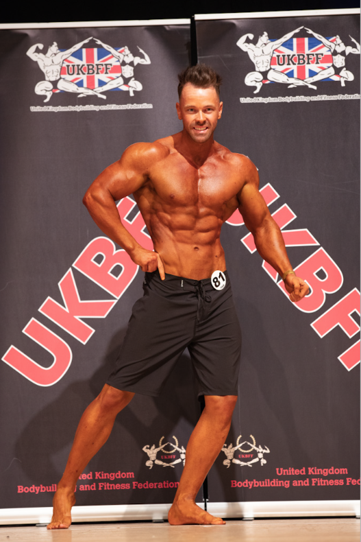 Peet Rothwell, on his way to victory in the tall men's physique class. PHOTO: Kevin Horton