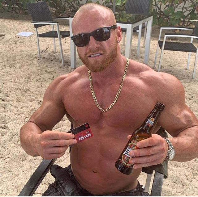 Matt O'Reilly enjoys life as a pro bodybuilder in Barbados!