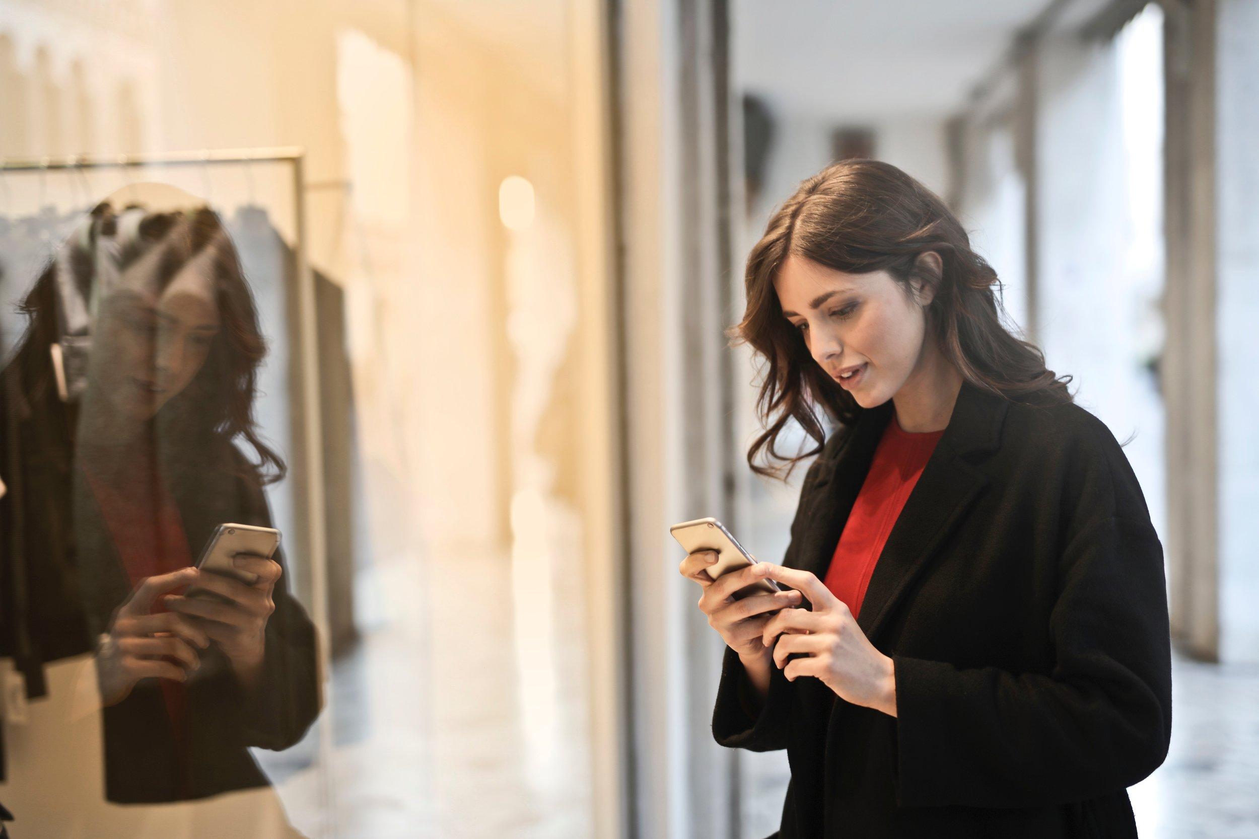 woman-shopping-on-phone.jpg