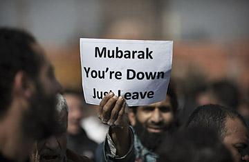 street debate: when mubarak foes and backers clash - Time Magazine, January 31, 2011
