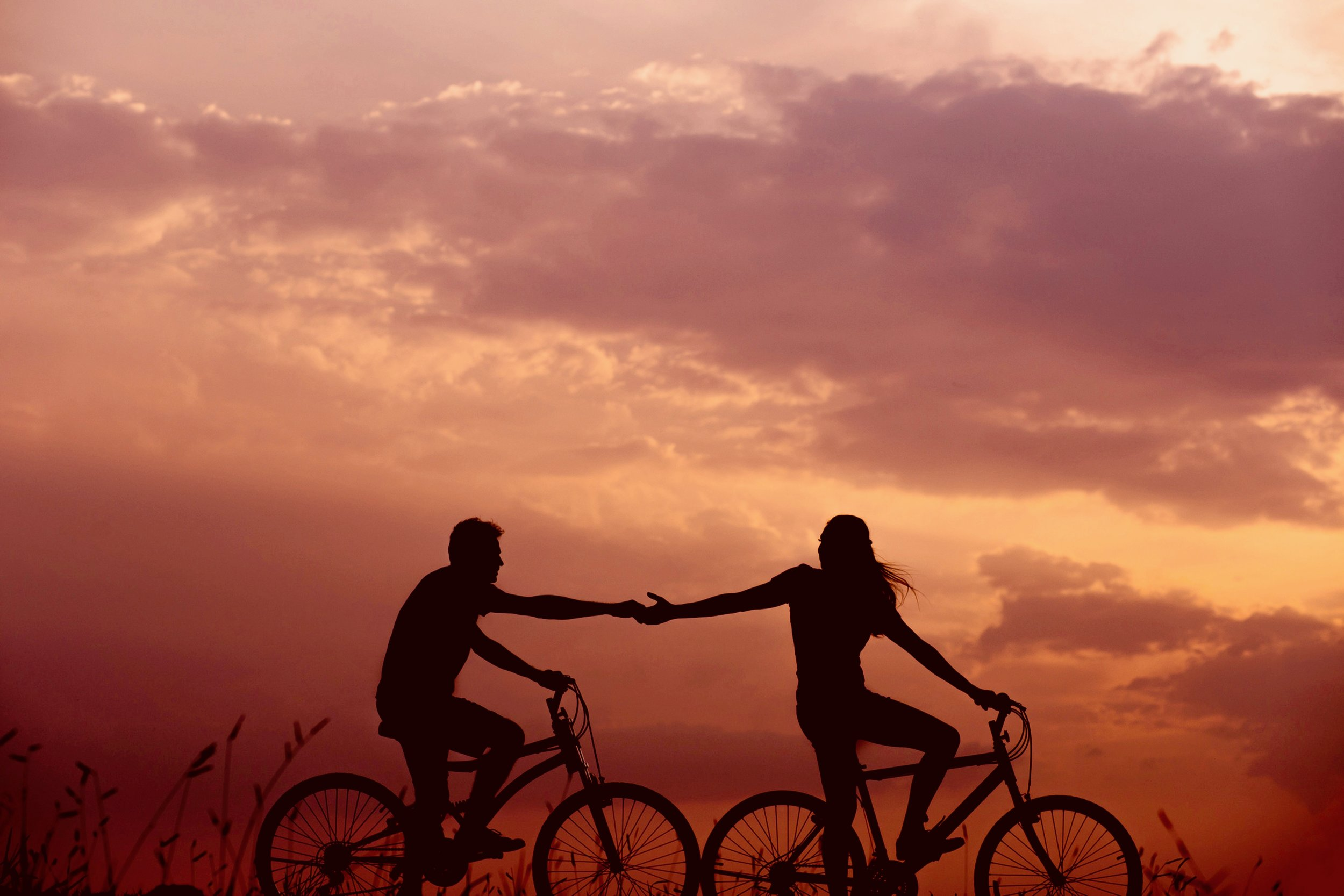 bikes couple sunset.jpg