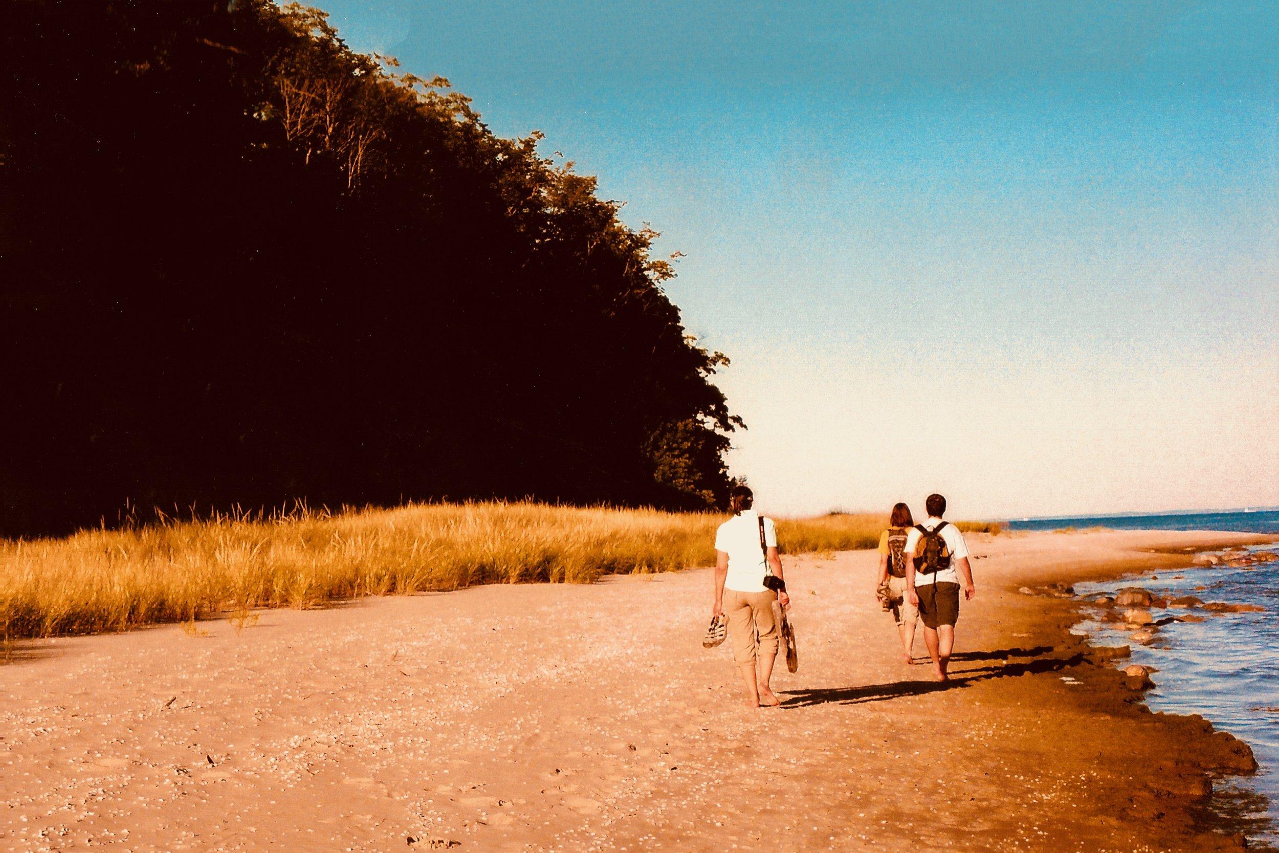 Lake group medoc surf holiday.jpg