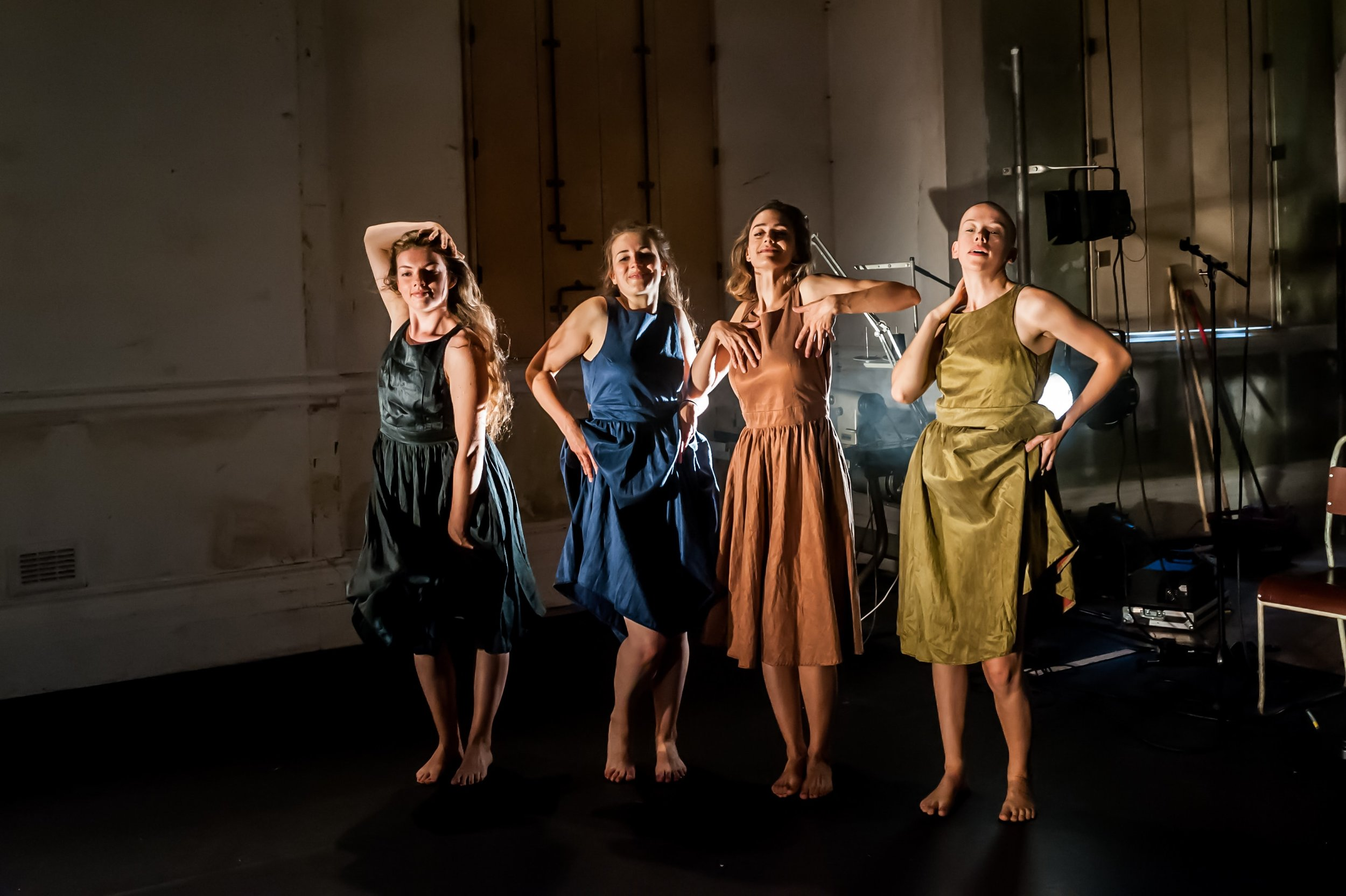 Lydia Higginson, Josie Dale-Jones, Imogen Mahdavi, Olivia Norris (1) in dressed-min.jpg