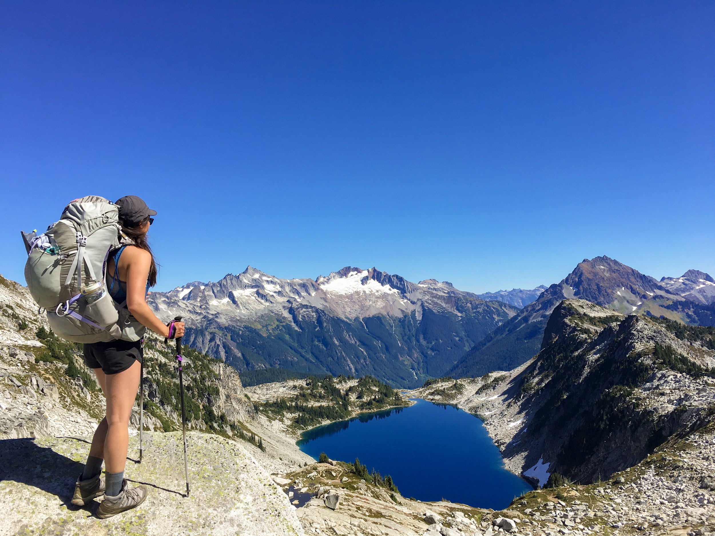 Anchor and Pine Collective, Backpacking in Hidden Lake,North Cascades National Park