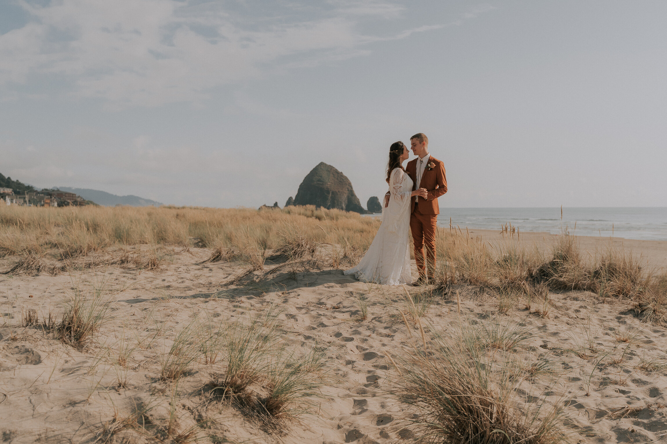 Cannon Beach Wedding Photographer
