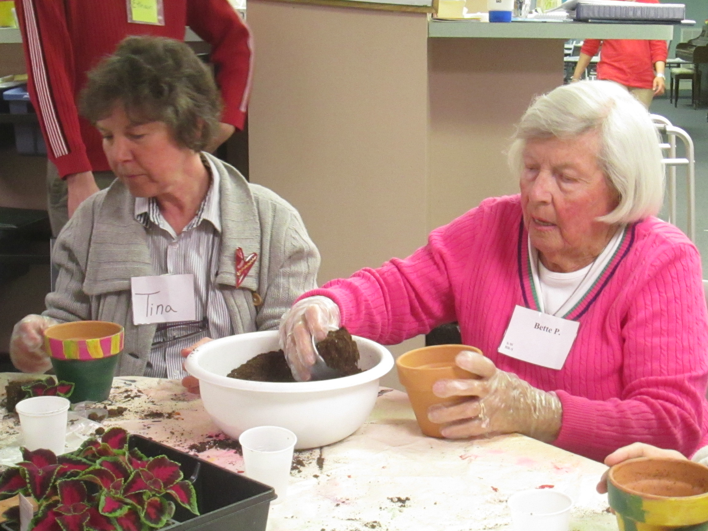 Participants at a Cooperative Elder Services program