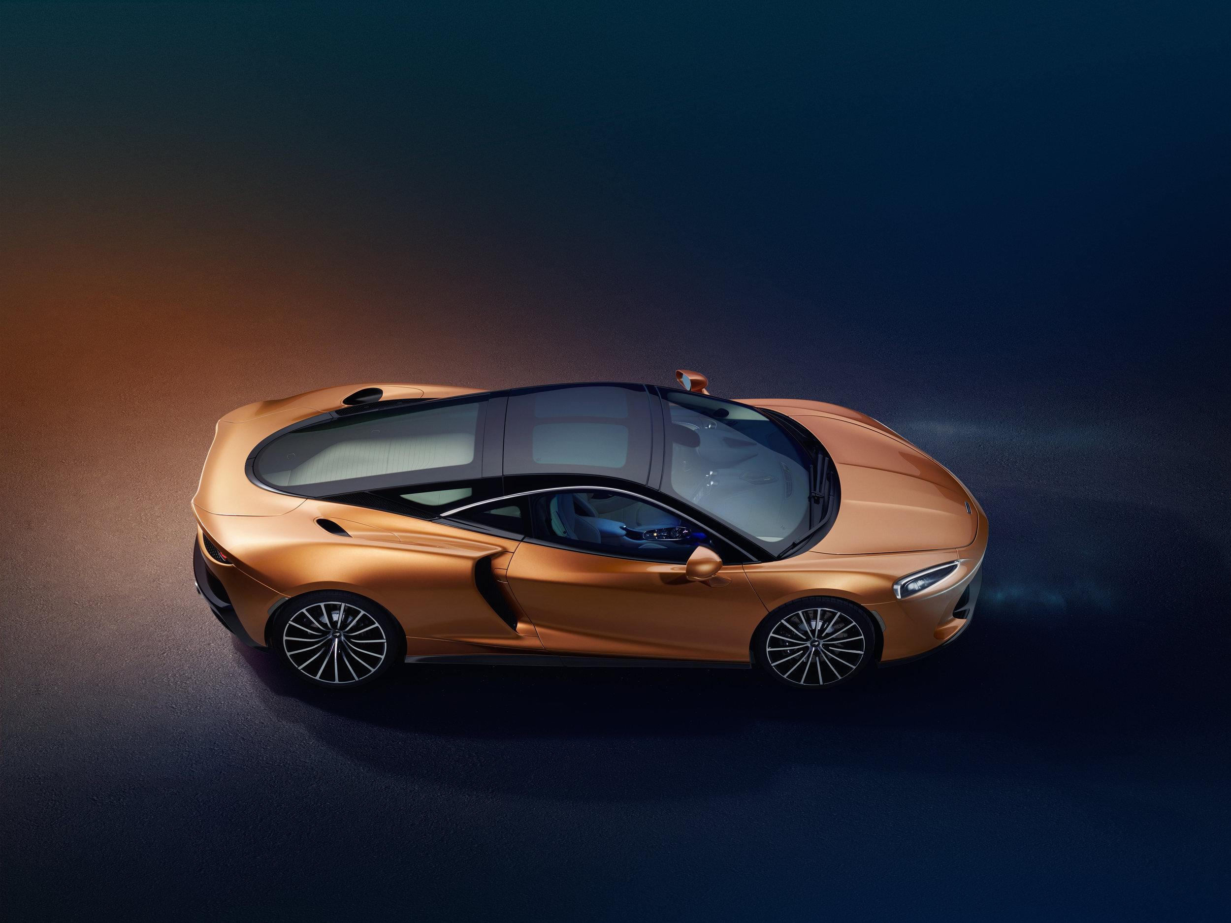 15052019_New McLaren GT_3.jpg