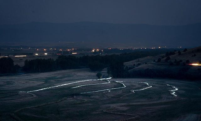 Ben Lloyd captured this amazing aerial shot of Gabriel Canal's light installation designed by Jim Madden and Raum Industries. Three nights of the event begin tomorrow, you won't want to miss it. @mountaintimearts @benlloyd.actual #gabrielcanal #lightinstallation #jimmadden #raumindustries #contemporaryart #bozeman #mountaintimearts #waterworks
