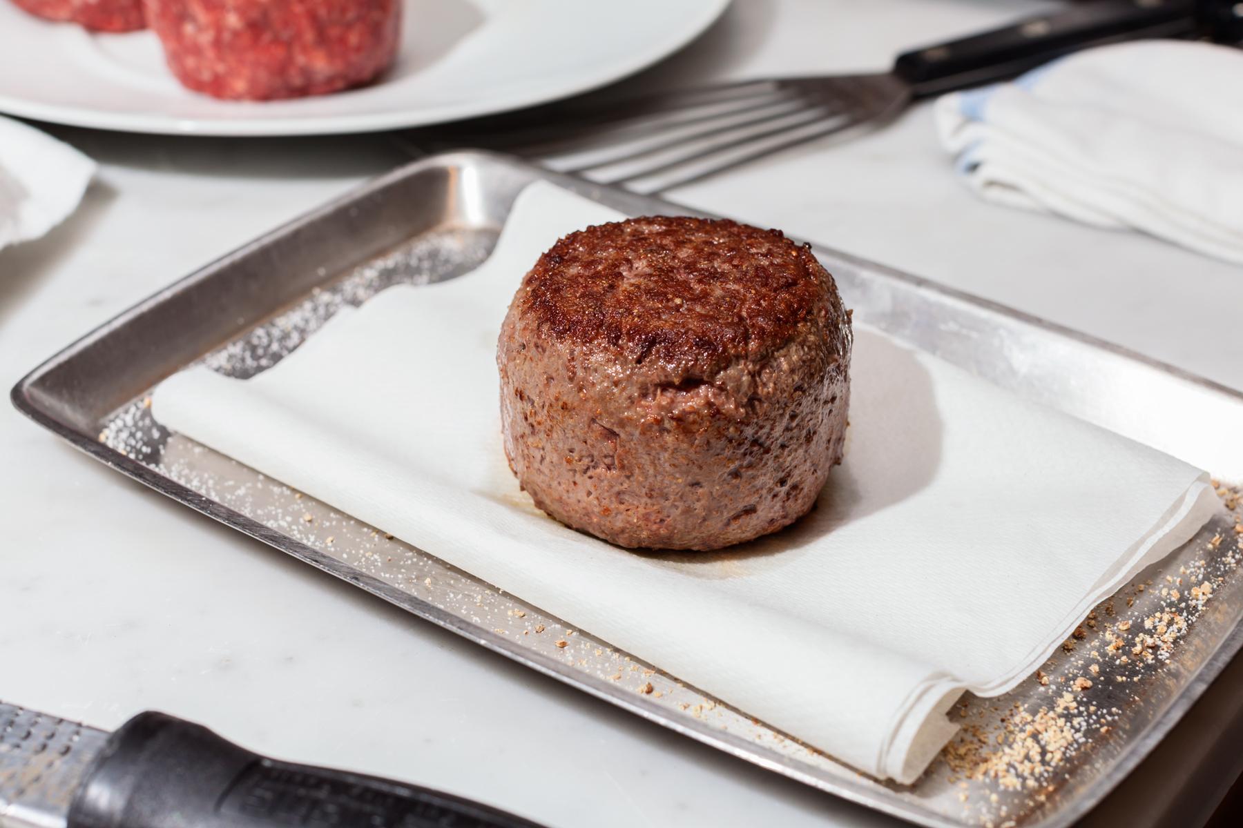 Daniel-Boloud-Burger-2.jpg