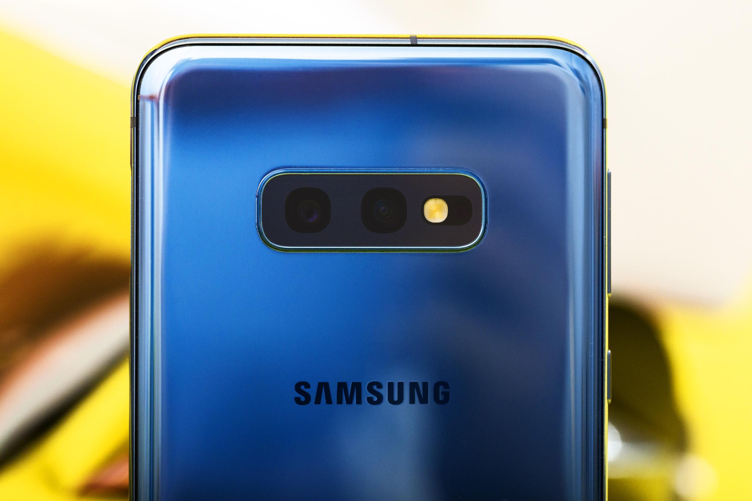 Samsung S10e-12.jpg
