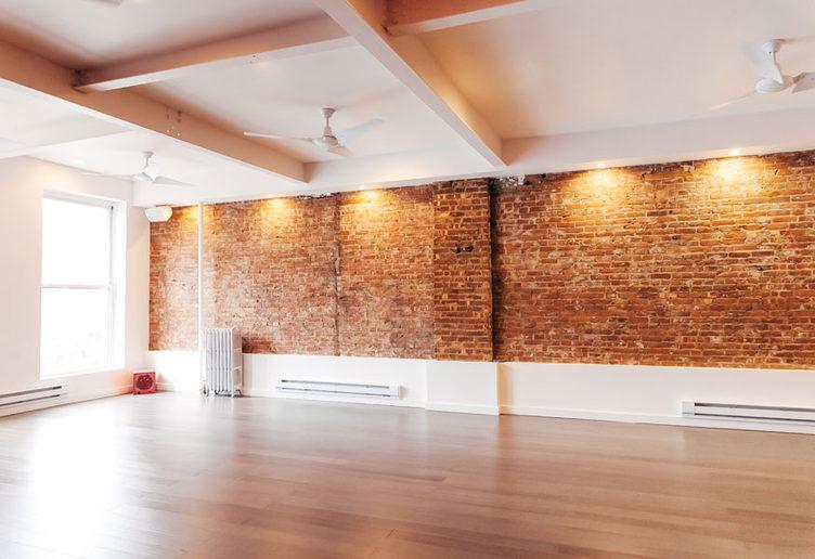 Lyons denpower yoga - Tribeca & Chelsea Studios