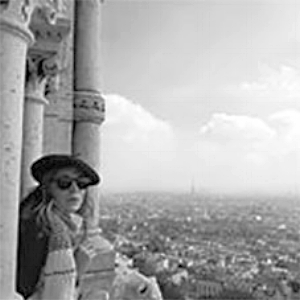 When in Paris... Wear a beret, and say pamplemousse.